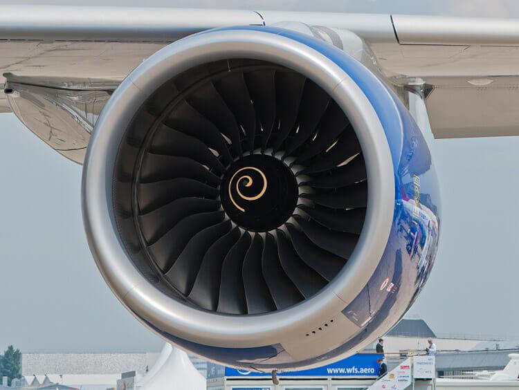 روغن موتور پیستونی و توربین هواپیما